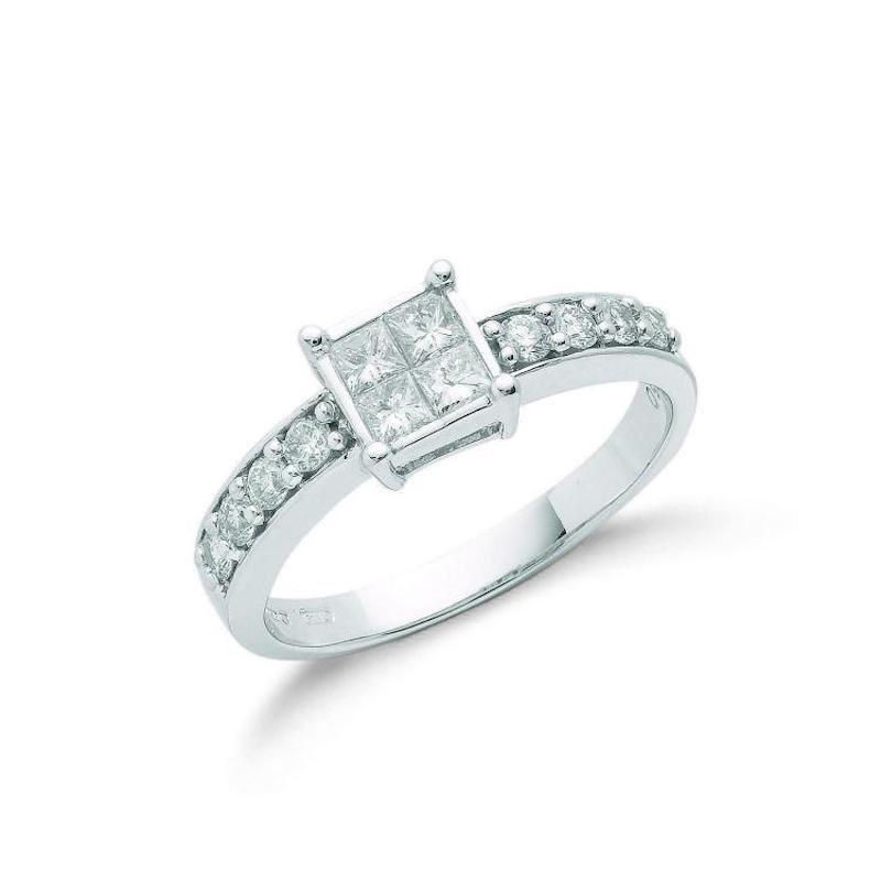 18ct white gold Princess cut diamonddress ring