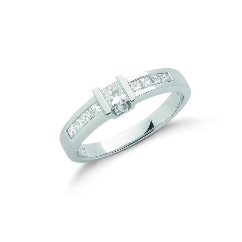 18ct white gold princess cut diamond dress ring