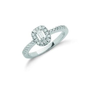 18ct white gold emerald cut diamond dress ring
