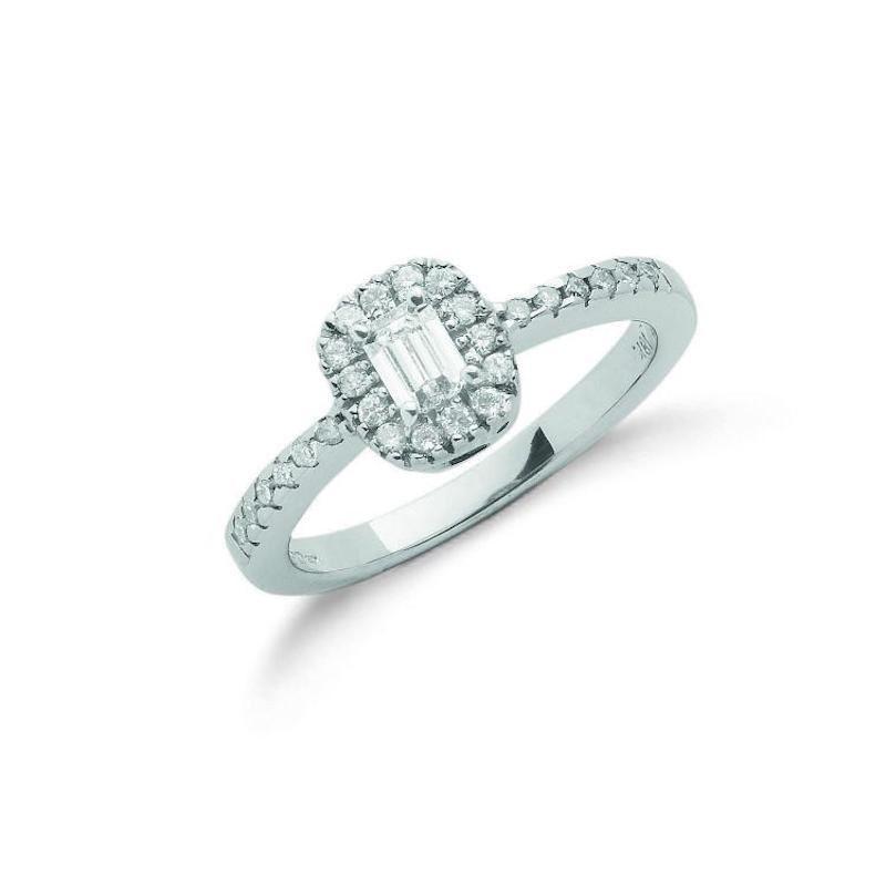 18ct white gold emerald cut diamonddress ring