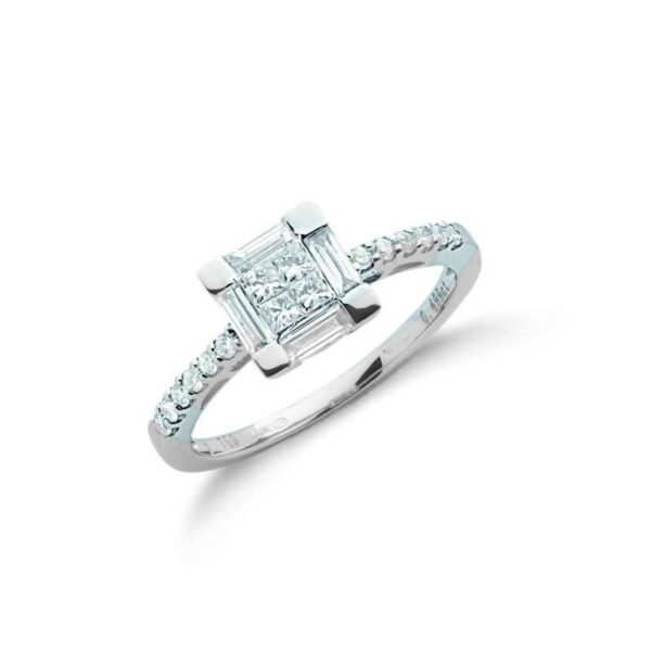 18ct white gold Princess cut & Baguette Diamond dress ring