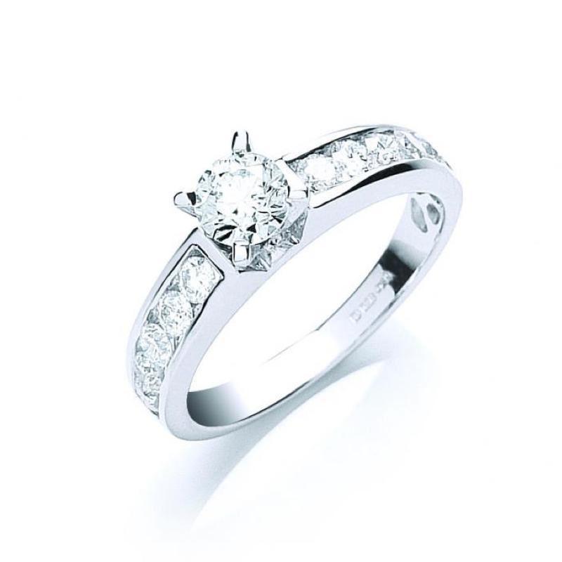 18ct white gold diamond dress ring with diamond set shoulders