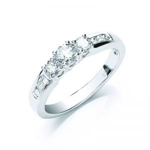 18ct white gold diamond trilogy ring with diamond set shoulders