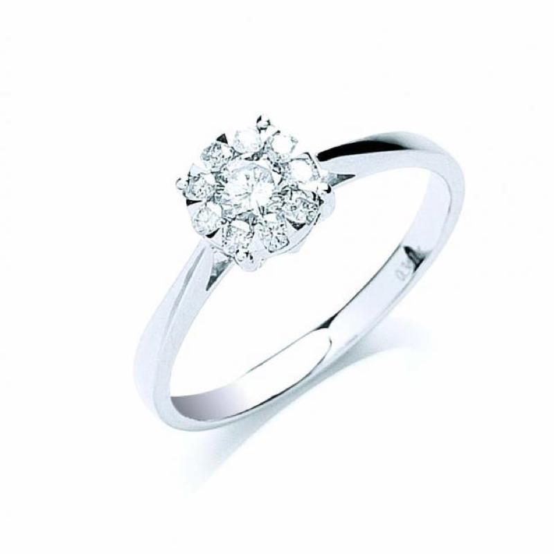 18ct white gold illusion set diamond ring