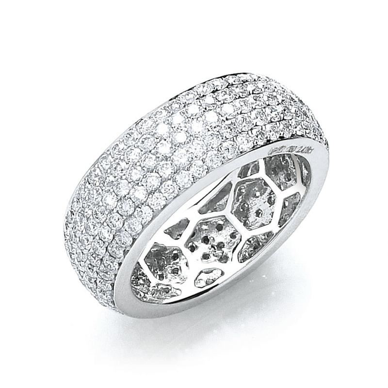 18ct white gold pavé set diamond ring