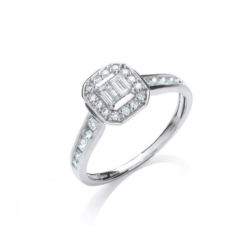 18ct white gold baguette diamond ring