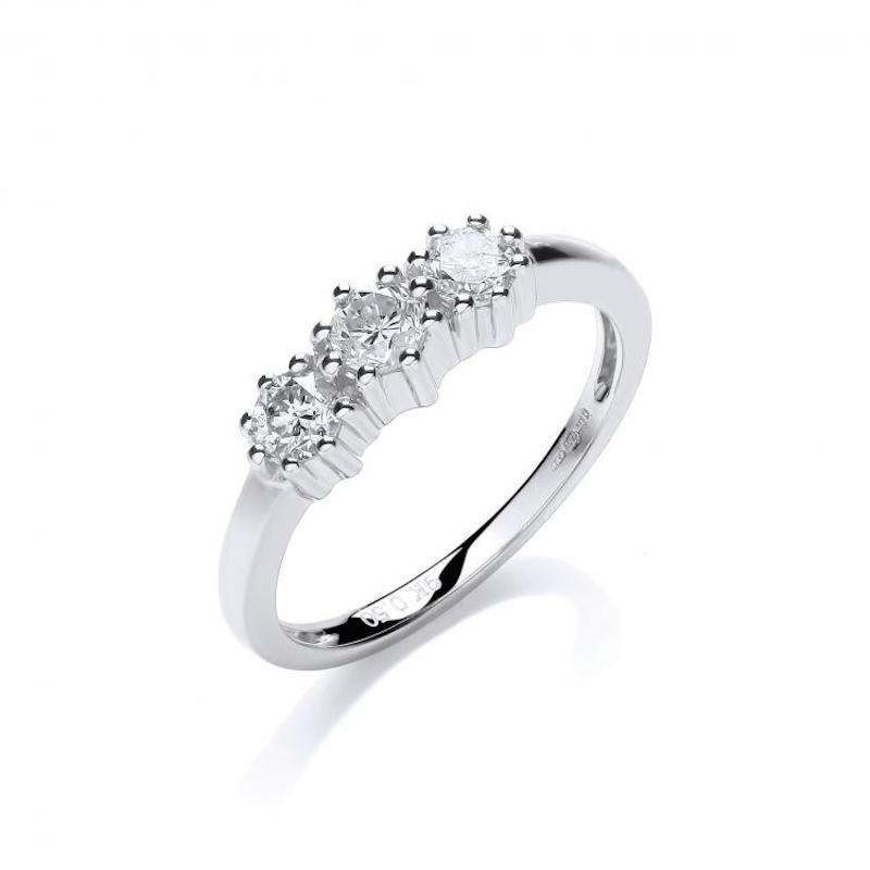 9ct white gold diamond trilogy ring