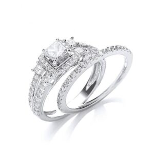 18ct white gold Fancy diamond bridal set rings