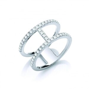 18ct white gold diamond dress ring.