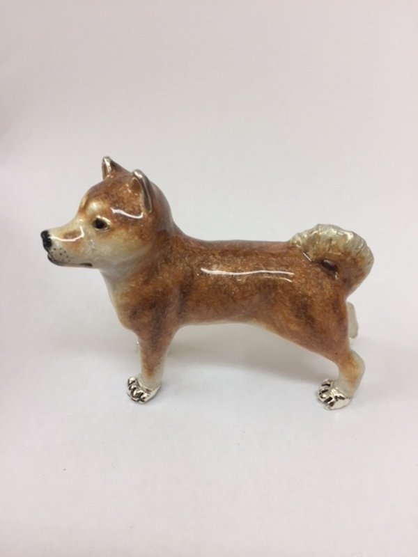 Sterling Silver Enamel Shiba Inu By Saturno Length approx 70mm - Height approx 60mm. This beautifully detailed sterling silver Shiba Inu figurine has been hand enamelled and then finished with a protective lacquer to prevent tarnishing. Saturnofigurines are highly collectable and make unique presents.